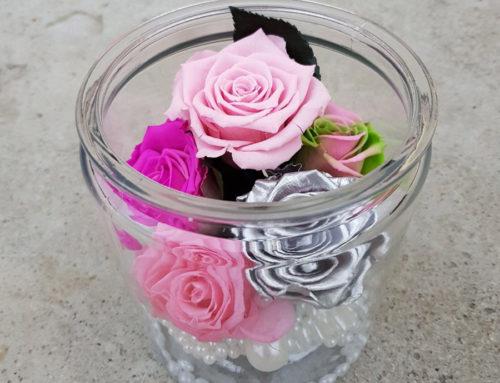 Flori din săpun create cu grijă, aranjate cu pasiune pentru un cadou de excepție