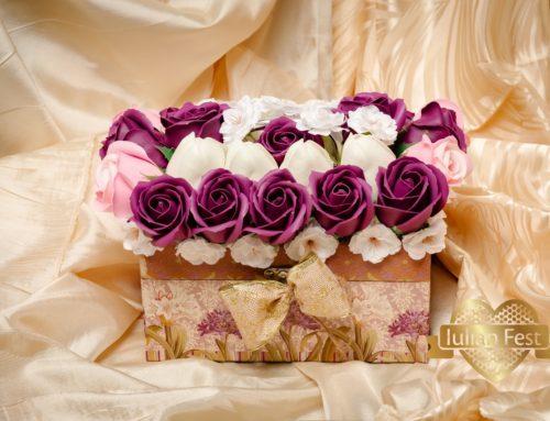 Cufar cu flori de sapun – trandafir, lalele, floare de cires